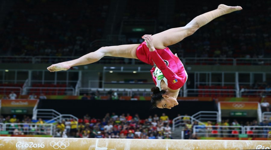 Catalina Ponor - MyBodyGuide